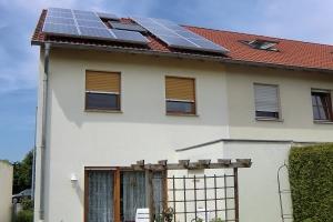 fassadenrenovierung-einfamilienhaus-doppelhaushaelfte