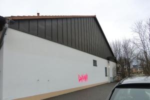 fassaden-graffitientfernung-vorher